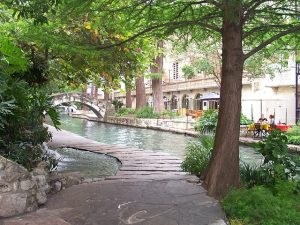 steps to finding love, San Antonio River walk, love psychic Cynthia